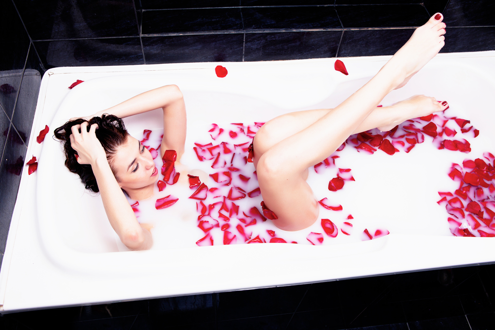 Benefits of Using Rose Skincare Products in Your Beauty Regime
